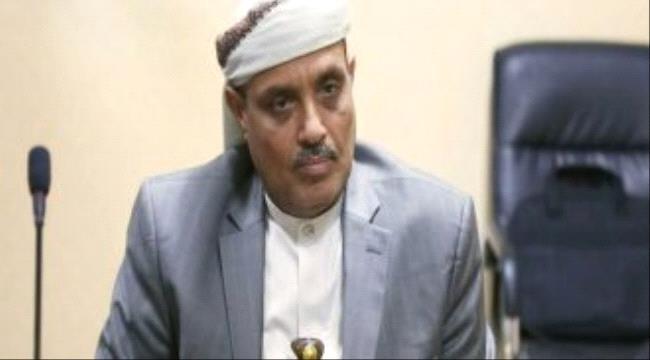 """اتساع الخلافات بين قيادات  الحـوثي.. عضو بـ""""المجلس الأعلى"""": حولونا لـ""""ديكور"""""""